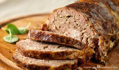 Venison Meatloaf This is one of the best recipes for ground venison around, for those who have family or friends who can't stand the thought of eating deer meat you can't tell this isn't beef, you will say Where's the Beef with this one. Deer Recipes, Dog Food Recipes, Cooking Recipes, Deer Burger Recipes, Game Recipes, Healthy Meatloaf, Easy Meatloaf, Venison Recipes, Cheese