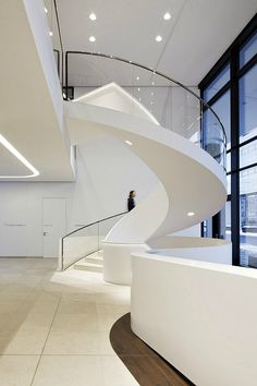 Magnificent Modern Circular Staircase Design With Drop Ceiling Lights And Glass Banister Also Chrome Handle Stairs In Contemporary Open Views White Interior Decors Ideas Contemporary Stairs, Modern Stairs, Contemporary Architecture, Contemporary Office, Contemporary Interior, Contemporary Building, Contemporary Apartment, Contemporary Wallpaper, Contemporary Chandelier