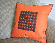 Button and Piping Decor Pillow: a way to use buttons to embellish your accent pillows