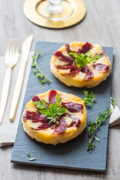 Discover recipes, home ideas, style inspiration and other ideas to try. Easy Salads, Healthy Salad Recipes, Healthy Snacks, Snack Recipes, Entree Festive, Tapas, Canned Blueberries, Vegan Scones, Gluten Free Flour Mix