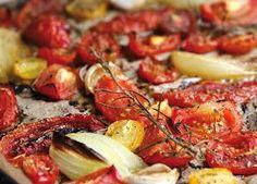 Ihr mögt auch Tomatensuppe ? Nichts einfacher, als aus frischen Tomaten eine schmackhaft-intensive Suppe zu zaubern.   Ihr solltet unbedin...