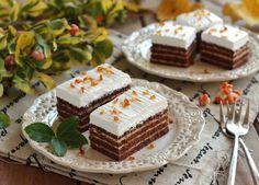 Juditka konyhája: ~ HABOS KARAMELLÁS SZELET ~ Tiramisu, Cheesecake, Pie, Sweets, Plates, Snacks, Baking, Ethnic Recipes, Food