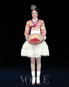 정동무용단과 벌인 춤판 - STYLE.COM