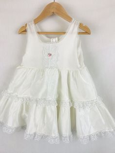53701f7560 Vintage HER MAJESTY Toddler Full Slip Dress Ruffles Petticoat 4T USA Mended