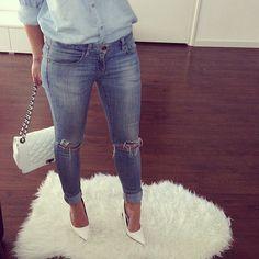 Denim on denim #love#jeans#fashion#fashionista#outfitoftheday#chanelbag#inspired#girl#heels#denimondenim