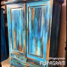 Refinish Wood Furniture, Chalk Paint Furniture, Diy Furniture Plans, Furniture Makeover, Bohemian Furniture, Funky Furniture, Upcycled Furniture, Faux Painting Techniques, Furniture Painting Techniques