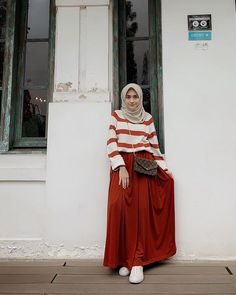 - Carbohydrate Free Day is NOT sunday ! Modern Hijab Fashion, Muslim Women Fashion, Street Hijab Fashion, Ootd Fashion, Skirt Fashion, Fashion Outfits, Hijab Casual, Hijab Chic, Ootd Hijab