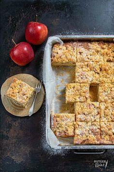 Appel kruimel plaatcake bakken - Rutger Bakt Amish Recipes, Dutch Recipes, Apple Recipes, Sweet Recipes, Baking Recipes, Pie Dessert, Cookie Desserts, Pie Cake, No Bake Cake
