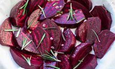 Beets may seem like a fall veggie, but you can take full advantage of these roots in the summer with our cool, flavorful Meatless Monday beet recipes! Roasted Beets Recipe, Roasted Beet Salad, Beet Recipes, Healthy Recipes, Vegetarian Recipes, Vegetable Recipes, Salad Recipes, Recipies, Fast Day