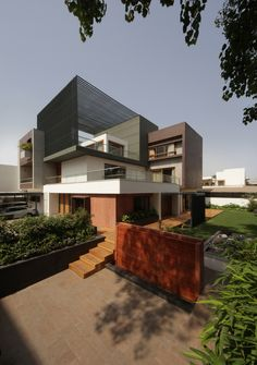 The Cube House / Reasoning Instincts Architecture Studio