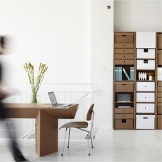 Мебель из картона-офисный шкаф-стол