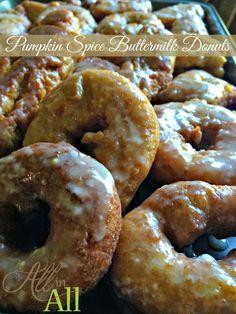 Pumpkin Spice Buttermilk Donuts - A perfect autumn morning treat!