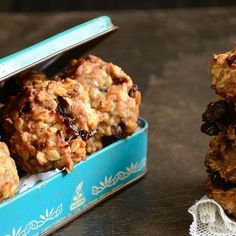 Healthy Ripe Banana Oat Cookies - flour-less, egg-less, butter-less and totally healthy. Prepared in under 30m!
