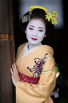 November 2015: elegant maiko Chiyoko of Gion Kobu by ta_ta999 - blog