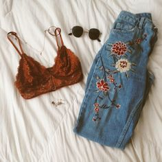 63 Best Styles Of Grunge Outfits For Women That Are Truly Impressive A burnt orange top in replaceme Fashion 90s, Look Fashion, Fashion Outfits, Fashion Fall, Unique Fashion, Trendy Fashion, Korean Fashion, Fashion Women, Fashion Online