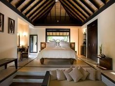 Beach House Iruveli, Maldives - Beach Villa