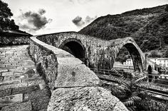 Devil's Bridge - Devil's Bridge in Tuscany - Garfagnana Lucca