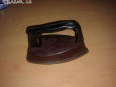 Bakelitová stará dětská žehlička - Art deco. - obrázek číslo 1