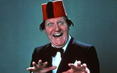 Tommy Cooper was one of Britain's best-loved comedians. Here are 25 great jokes which celebrate the magician's wit 100 Jokes, Funny Jokes, Funniest Jokes, Great One Liners, Tommy Cooper, Great Jokes, Ricky Gervais, Funny Meme Pictures, Funny Videos