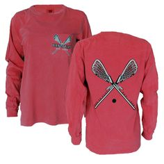 A super comfortable, relaxed fit, long sleeve pocketed t-shirt. This shirt comes in colors that have a vintage feeling that wears out in style. This long sleeve shirt promises to be one of your most w