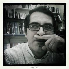 """Patrizio Zurru, librario e agente letterario, Cagliari: """"Il nostro obiettivo, è portare le persone in libreria. Portarle in libreria per farle divertire, per farle conoscere, per scambiarsi idee sui libri, per ritrovare la dimensione umana dell'incontro e dello scambio""""."""