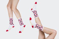 http://store.tenspeedhero.com/collections/socks/products/red-black-nordic-summer-skating-socks