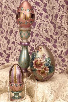 Dazzling Easter Egg Decor