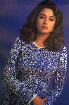 Hot Images Of Actress, Indian Actress Hot Pics, Indian Bollywood Actress, Beautiful Bollywood Actress, Beautiful Actresses, Indian Actresses, Vintage Bollywood, Bollywood Outfits, Bollywood Fashion