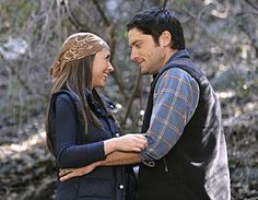 all time favorite show, all time favorite tv couple! - Ghost Whisperer, Melinda and Jim <3