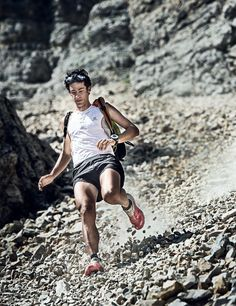 "Run downhill like Kilian Jornet, the world's best mountain runner. ""The two main things in downhill are vision and the need to be relaxed. When we run downhill we tense all the muscles and this causes tiredness. If we run relaxed we can run faster and with less energy."""