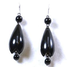 0546 Flower Esque Victorian Whitby Jet Earrings Adorable Little Snowdrops