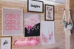 Decoração: Meu Home Office - Luisa AccorsiLuisa Accorsi Boutique Interior, Crafts For Teens, Diy And Crafts, Decoration, Art Decor, Photo Room, Pink Room, Barbie House, French Country Decorating