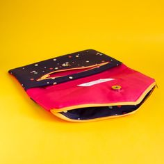 Foldover Envelope Clutch, Wristlet, Crossbody in primary colours for brunch, shopping, date, with compartments