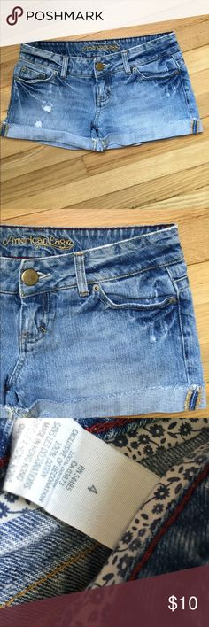 American Eagle Jean shorts size 4 American Eagle Jean shorts size 4 in good condition!! American Eagle Outfitters Shorts Jean Shorts
