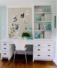 Home Office Design Ideas That Will Inspire Productivity Message Board. Home Office with built-in desk and bularp message board. Home Office with built-in desk and bularp message board. Home Desk, Home Office Space, Home Office Design, Home Office Decor, Office Designs, Office Decorations, Office Workspace, Office Style, White Desk Home Office