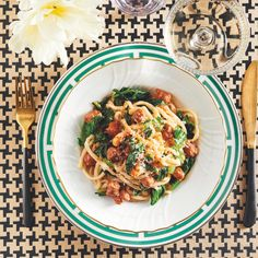 This recipe that couples Puglia with Tuscany evokes the heartiness of ragù in just a fraction of the cooking time. Italian Pasta, Italian Dishes, Italian Recipes, Italian Cooking, Easy Pasta Recipes, Healthy Recipes, Rice Recipes, Healthy Meals, Ragu Recipe