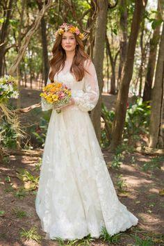 Wedding vintage groom simple new ideas Cute Wedding Dress, Bohemian Wedding Dresses, Wedding Looks, Dream Wedding Dresses, Boho Wedding, Wedding Vintage, Plus Size Wedding, Trendy Wedding, Vintage Groom