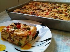 Bolo salgado bacon pizza do Ernani Quiches, Pasta Recipes, Dinner Recipes, Confort Food, Vintage Recipes, Brunch, Food And Drink, Yummy Food, Favorite Recipes