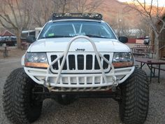Pics of the lifted white wj - JeepsUnlimited.com Forums