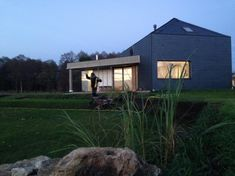 Stodoła Pawła i demona / forum Murator Modern Houses, Modern Homes, Modern House Design, Contemporary Houses, Modern Contemporary Homes