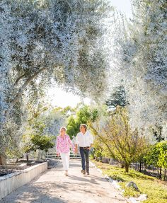 A Palos Verdes couple creates award-winning wines from their hilltop residence…