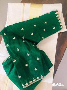 Machine work. Simple butta Pattu Saree Blouse Designs, Blouse Designs Silk, Designer Blouse Patterns, Maggam Work Designs, Simple Blouse Designs, Work Blouse, Maggam Works, Hyderabad, Sarees