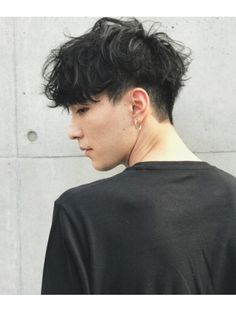 アットラブ(at'LAV by Belle) 一押しショートマッシュ×セミウェットなアンニュイパーマ Kpop Hairstyle Male, Korean Men Hairstyle, Tomboy Hairstyles, Curled Hairstyles, Korean Haircut Men, Hair Reference, Cool Haircuts, Haircuts For Men, Hair Inspo
