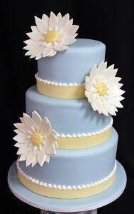 blue daisy wedding cake