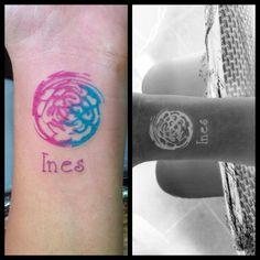 #tattoo #kanuttoo #blue #pink #rosado #fucsia #gray #blackandwhite #line #linetattoo  #arm #tatuaje #tatu #azul #gris #blancoynegro #linea #lineas #lineatatuaje #brazo #ink #inked #people #color #paintbrush #fantasy #fantasia #colorful #clavel #flor #flower #seal #sello #colors #colores #cute #beautiful #bello #bonito #tierno