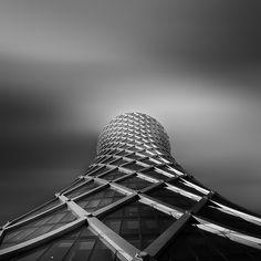 Tornado tower, Doha Qatar by Robinson Pourroy architects photo: Pygmalion Karatzas