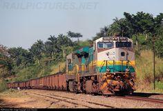 RailPictures.Net Foto: EFVM 1270 EFVM - Estrada de Ferro Vitória a Minas GE BB40-9WM no Fundão - ES, Brasil, por Junio Gracielo