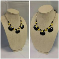 Navy Blue and Gold Tone Statement Necklace Navy Blue and Gold Tone Statement Necklace, adjustable chain closure, NWT, really pretty, 43% off retail of $25. ADD TO A BUNDLE! Jewelry Necklaces