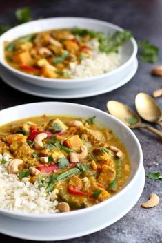 Instant Pot Sweet Potato Chicken Curry (Slow Cooker option) - The Real Food Dietitians paleo crockpot curry Whole 30 Recipes, Real Food Recipes, Chicken Recipes, Healthy Recipes, Oven Recipes, Potato Recipes, Whole30 Dinner Recipes, Instant Pot Dinner Recipes, Chicken Sweet Potato Curry