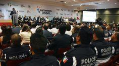 """""""El único propósito que tenemos, es resolver el problema de seguridad para los michoacanos y las michoacanas, y en eso no escatimamos voluntades, esfuerzos, voluntades y compromisos"""", afirmó el gobernador ..."""
